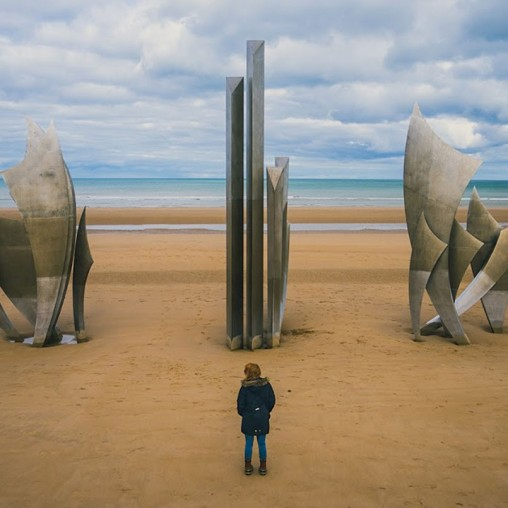 travel-to-france-beach-memorial.jpg