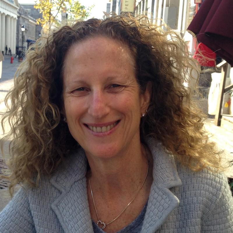 Deborah Goldstein headshot