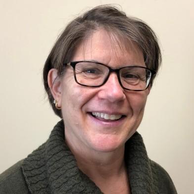 Sue Litynski headshot