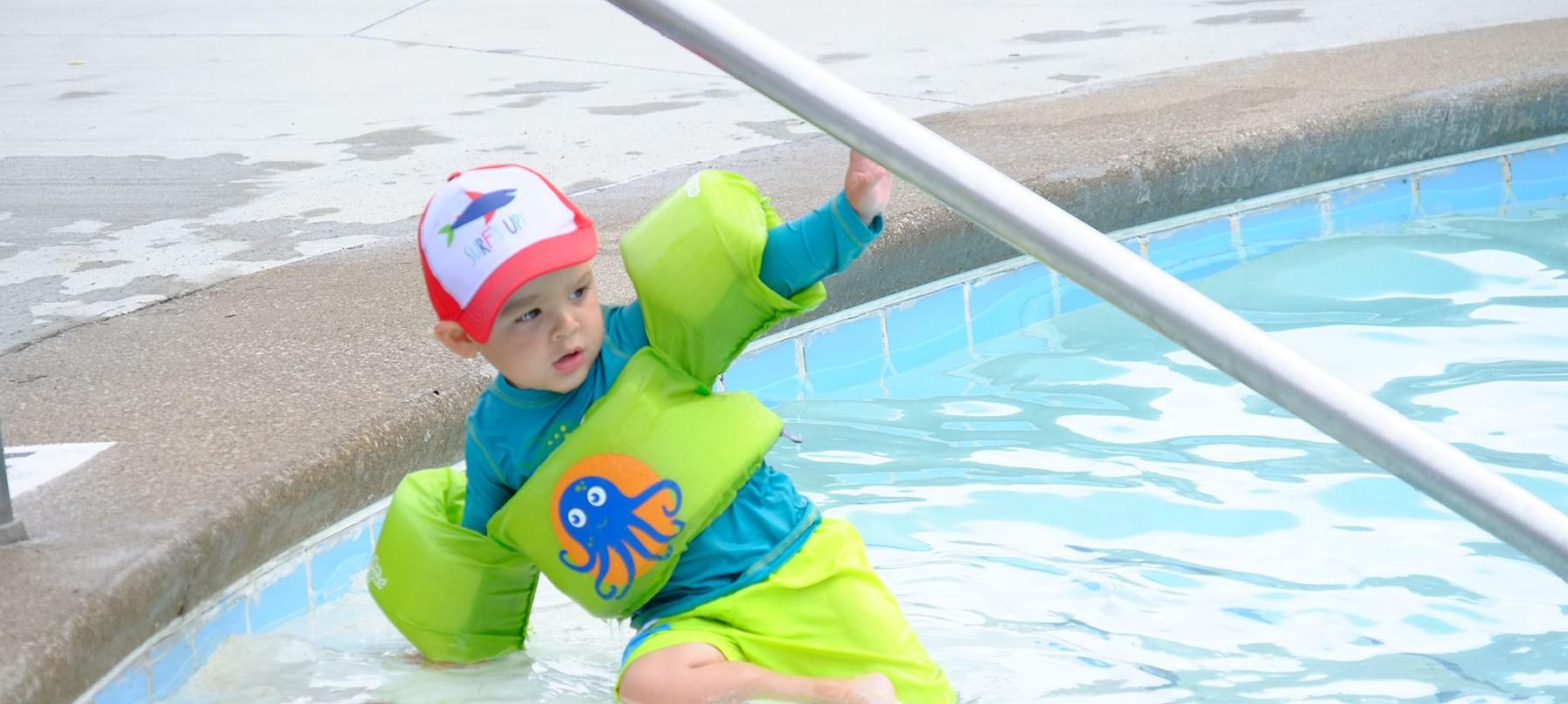 outdoor pool1(5).jpg