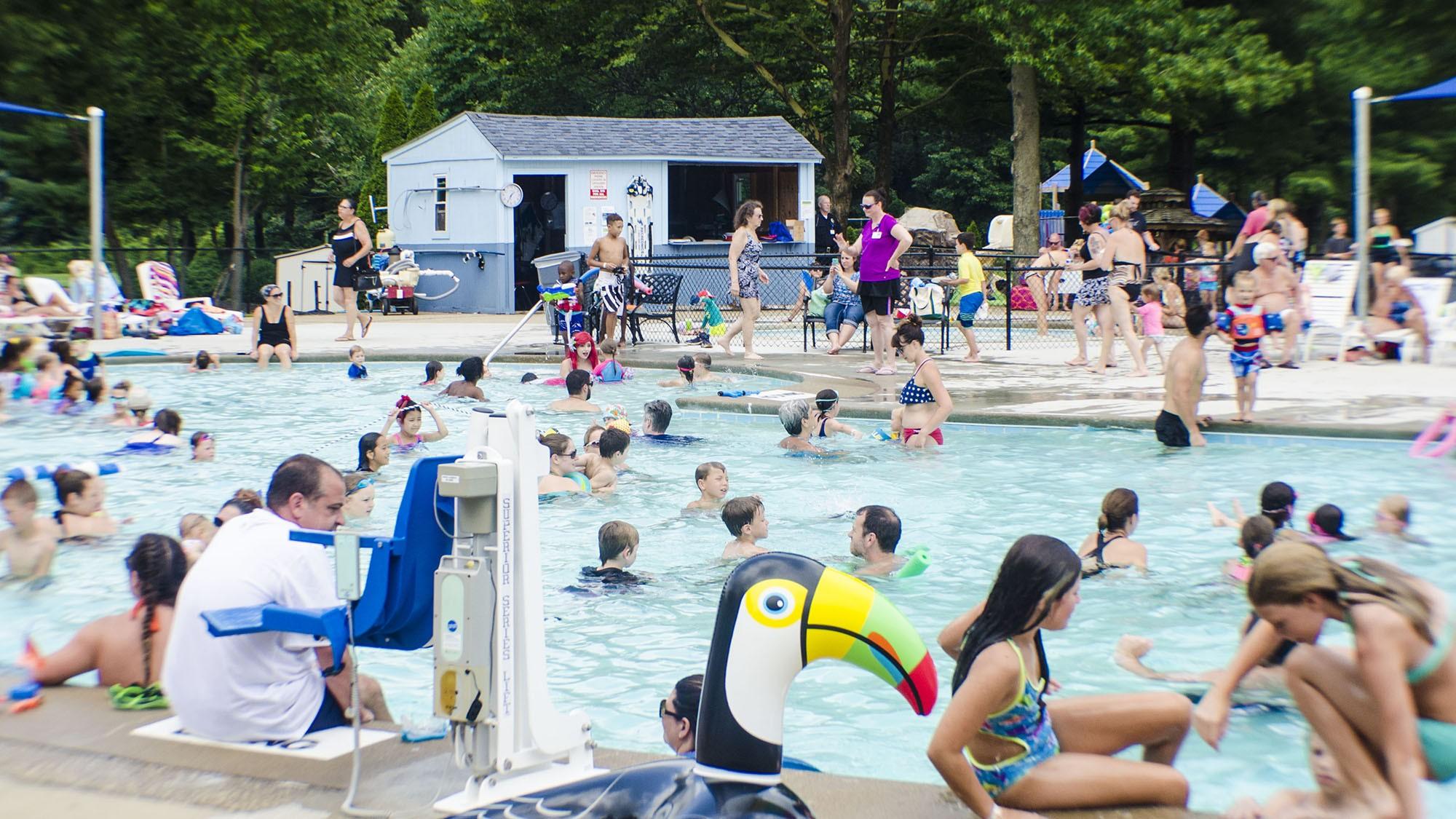 outdoor pool6.jpg