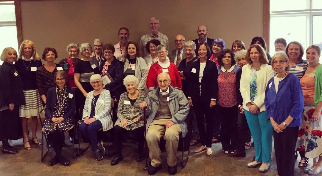 A large group picture of Jewish Coalition for Literacy volunteers