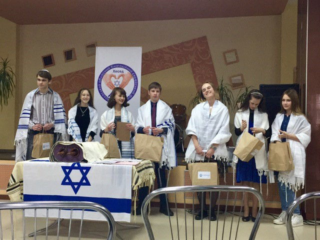 Seven bar/bat mitzvahs on Shabbat