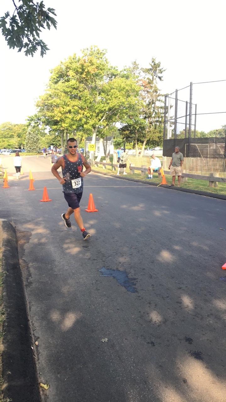 Tri Alex run(2).jpg